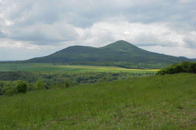 Čedičová hora Lovoš