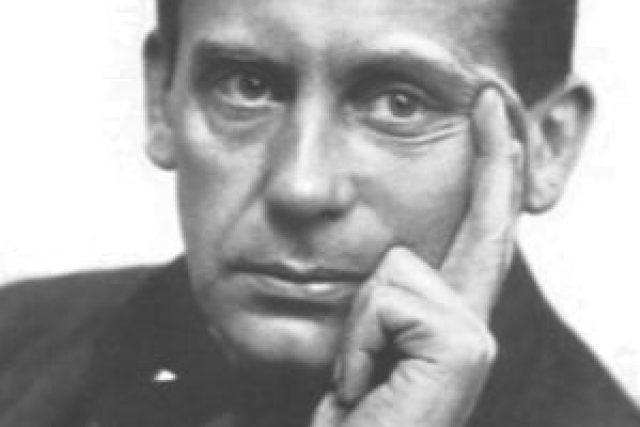 Walter Gropius (foto z roku 1920)