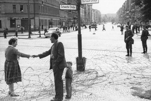 Rozdělená berlínská rodina na konci srpna 1961