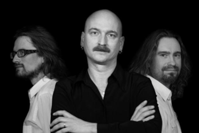 Jiří Holoubek Trio - new