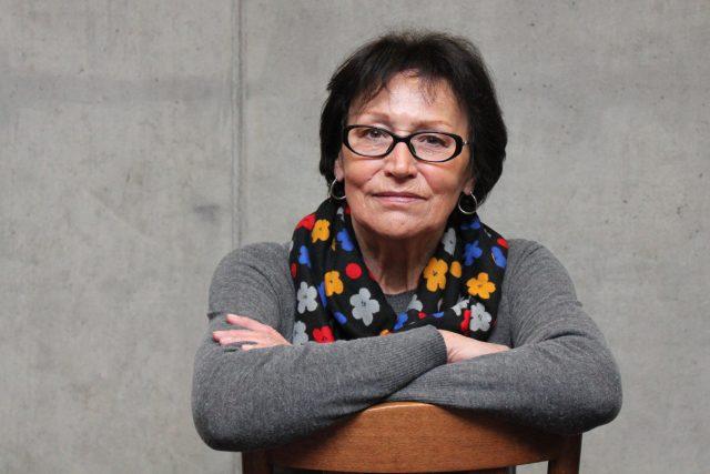 Marta Kubišová na židli