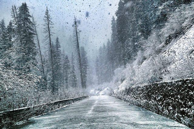 zima, zimní krajina, zimní silnice, náledí