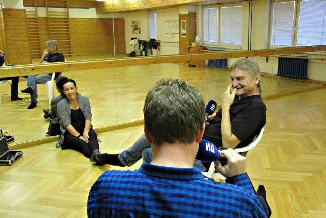 Natáčení Toboganu s hercem Pavlem Soukupem proběhlo v baletním sále. Šlo o sál Baletní školičky Isabely Soukupové