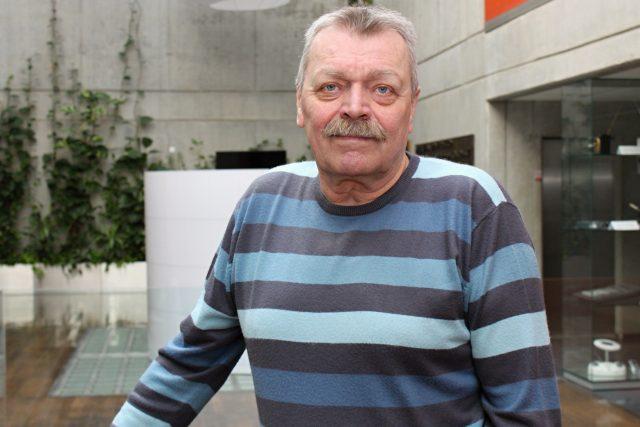Miroslav Paleček se těší na všechno a ze všeho. Jak říká,  je šťastným člověkem | foto: Adam Kebrt,  Český rozhlas