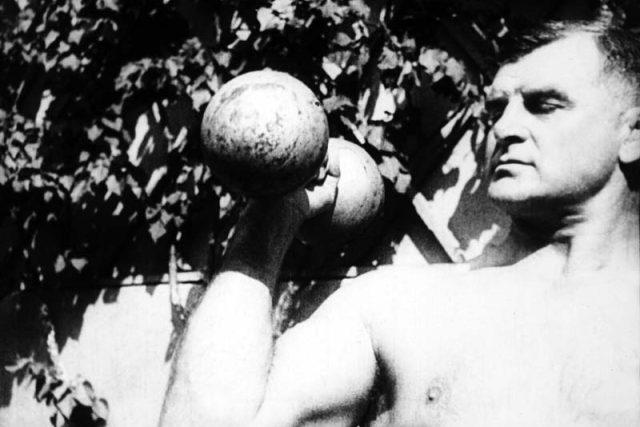 Gustav Frištenský v roce 1927 | foto: Česká televize