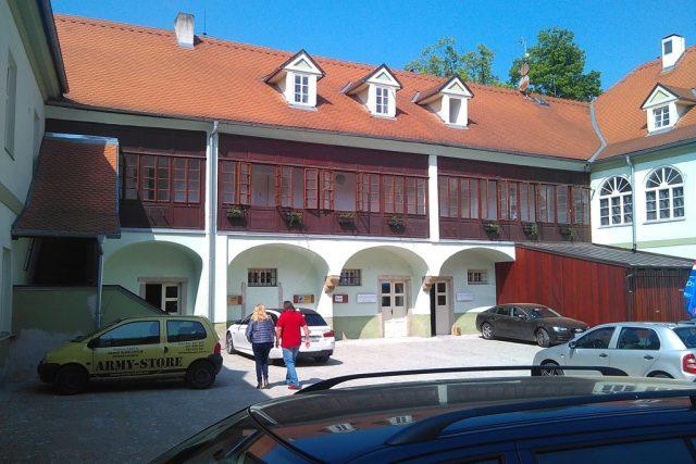 U Zelené ratolesti v Českých Budějovicích byl výchozí bod koněspřežky