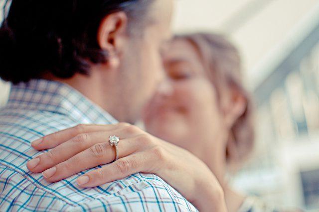 manželství, zásnuby, pár, láska, štěstí