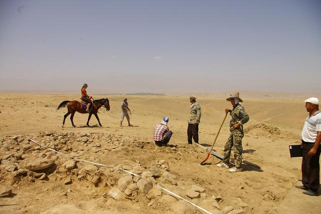Čeští archeologové kopou v Uzbekistánu