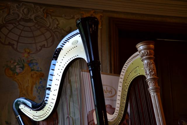 Harfa, ilustrační foto