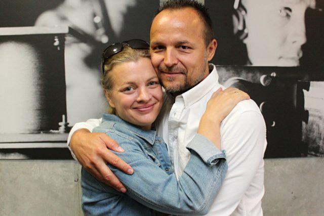 Z Barbory Srncové a Petra Rajcherta vyzařuje,  jak rádi jsou spolu   foto: Adam Kebrt,  Český rozhlas