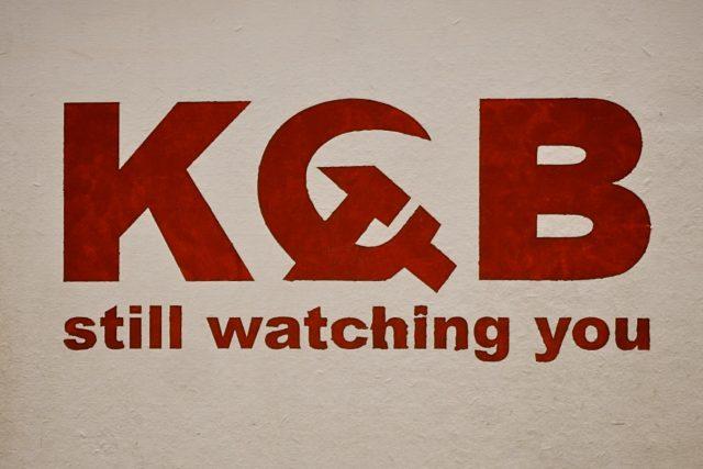 KGB tě sleduje