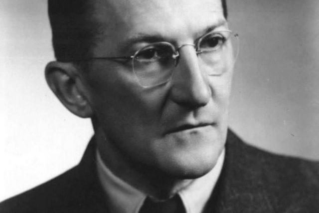 Jaroslav Heyrovský-1930