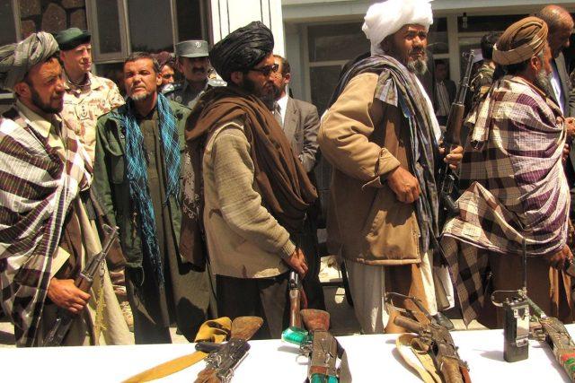 Bojovníci afghánského hnutí Taliban