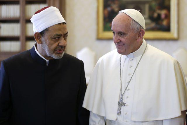 Imám Ahmad al-Tajíb navštívil papeže Františka