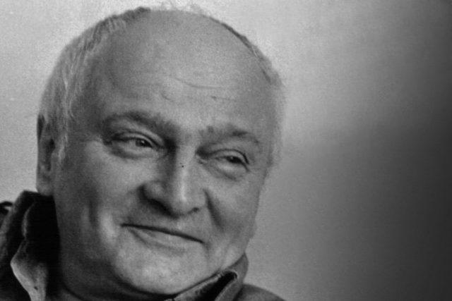 Poslouchejte Miroslava Plzáka a Miluši Švormovou ve skeči Angelika  | foto:  Archiv ČRo