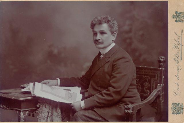 Leoš Janáček na snímku z roku 1904 | foto: Oddělení dějin hudby Moravského zemského muzea