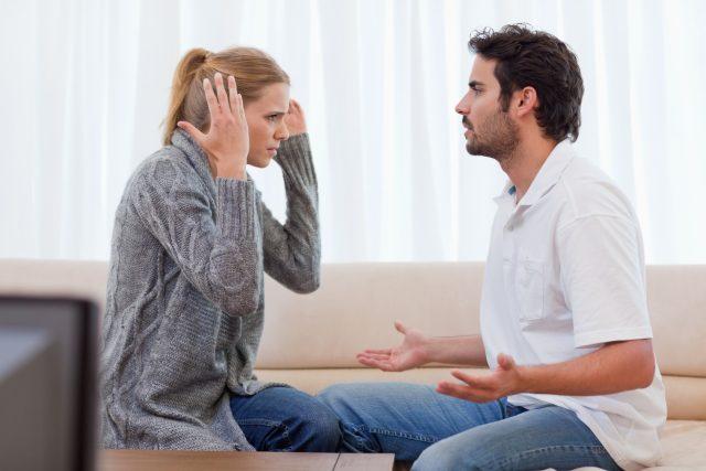 Neochota pomoct s úklidem vede k hádkám i k nevěře.