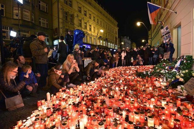 Zapalování svíček, Národní třída, 17. listopad