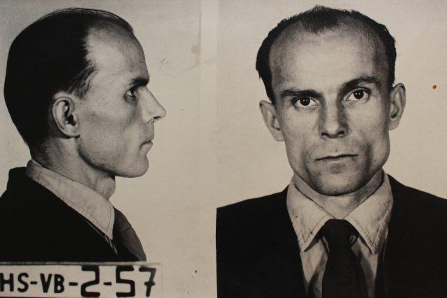 Policejní fotografie vraha Václava Mrázka