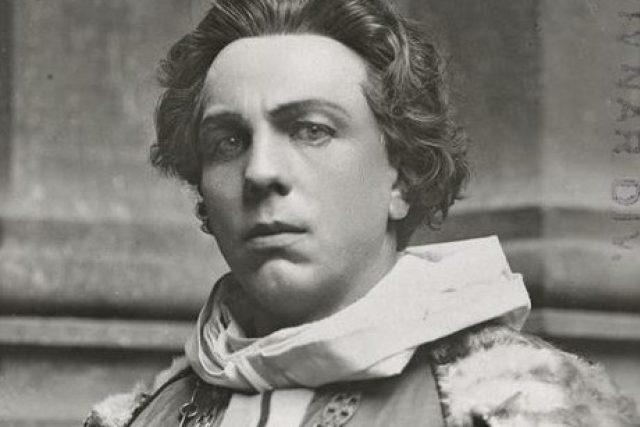 Rudolf Deyl starší (1876–1972). Na snímku z roku jako Hakon Hakonssön ve hře Nápadníci trůnu (Národní divadlo, 1920)