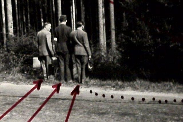 Tady pachatel s oběťmi odbočil do lesa (sbírka Správa vyšetřování StB - vyšetřovací spisy, arch. č. V-1350 ČB)