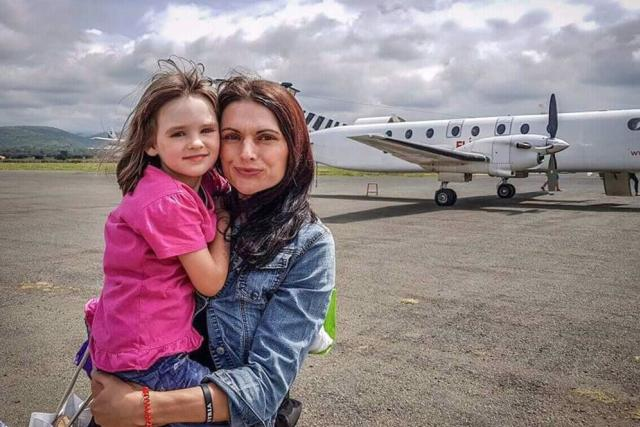 Markéta Kutilová s pětiletou dcerkou