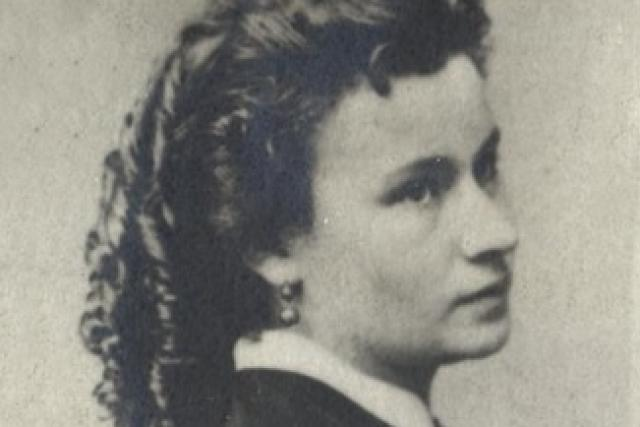 Josefina Kounicová,  rozená Čermáková  (1849–1895)   foto: autor neznámý,   CC BY-NC 4.0,   eSbírky – kulturní dědictví on-line