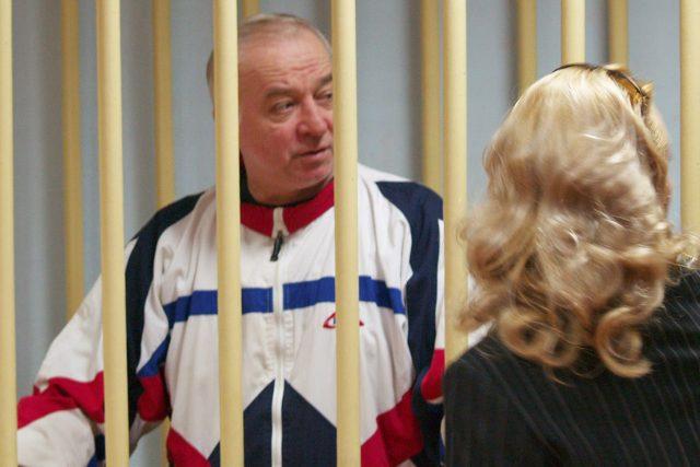 Bývalý ruský agent Sergej Skripal,  otrávený letos v Británii,  během soudu v Moskvě v roce 2006    foto: Fotobanka Profimedia
