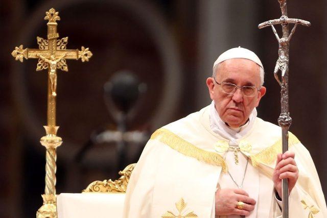 O úspěšném završení kanonizačního procesu rozhoduje vždy papež
