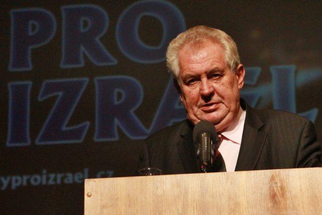 Prezident Miloš Zeman se zúčastnil v centru Aldis galavečera Dnů pro Izrael (Hradec Králové 30.9.2013)