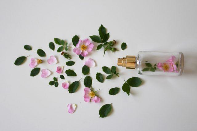 Parfuméři umějí napodobit prakticky jakoukoli vůni, říká Libor Červený