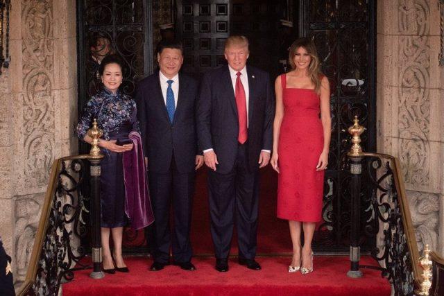 """""""Trumpovi imponují mu země, které vnímá na stejné úrovni,"""" říká Ilona Švihlíková. """"Americký tisk stále častěji uvádí, že Trump sní o fóru G3, které by tvořily USA, Čína a Rusko."""""""