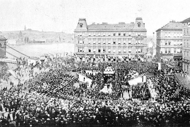 Slavnostní položení základního kamene Národního divadla,  16. května 1868 | foto: Wikimedia Commons,  CC0 1.0