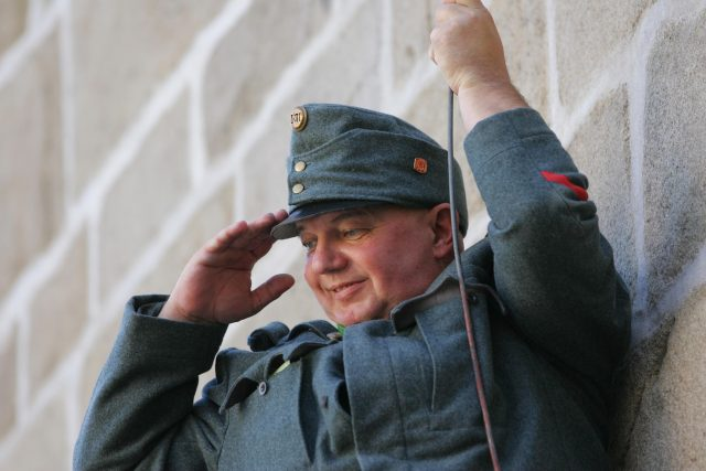 Herec představuje dobrého vojáka Švejka