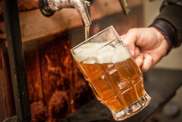 Čepované pivo  (ilustrační foto) | foto: Fotobanka Profimedia