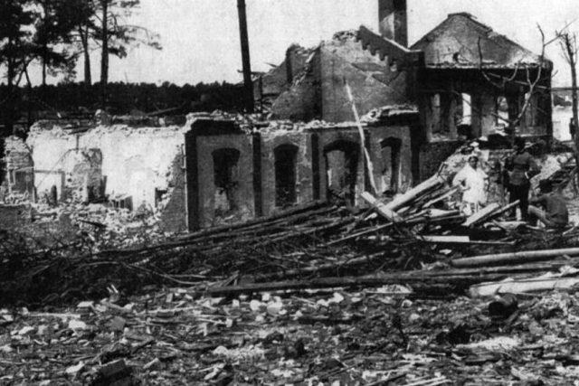 Následky výbuchu z 25. května 1917 v Bolevci byly ničivé. Zahynuly při něm více než tři stovky lidí