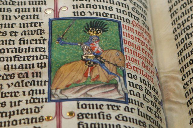 Král Jan Lucemburský v ilustraci právní knihy Jihlavy Jana z Gefnhausenu | foto:  Alexandr Satinský / MAFRA,  Profimedia