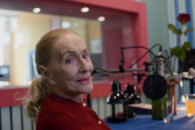 Soňa Červená v rozhlase natáčela pro posluchače svou knihu Stýskání zažehnáno   foto: Jiřina Šmídová,  Český rozhlas