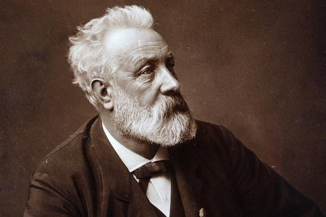 Jules Verne  (1892) | foto: Wikimedia Commons, Public domain