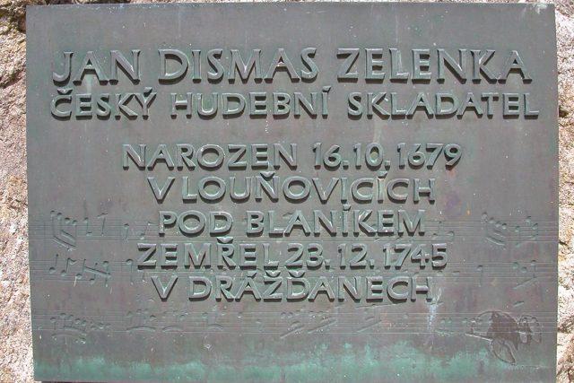Pamětní deska Jana Dismase Zelenky v Louňovicích pod Blaníkem | foto: Jan Blanický,  Wikimedia Commons,  CC0 1.0