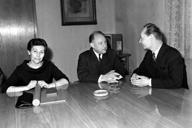 Riva Krieglová, František Kriegel a Alexander Dubček