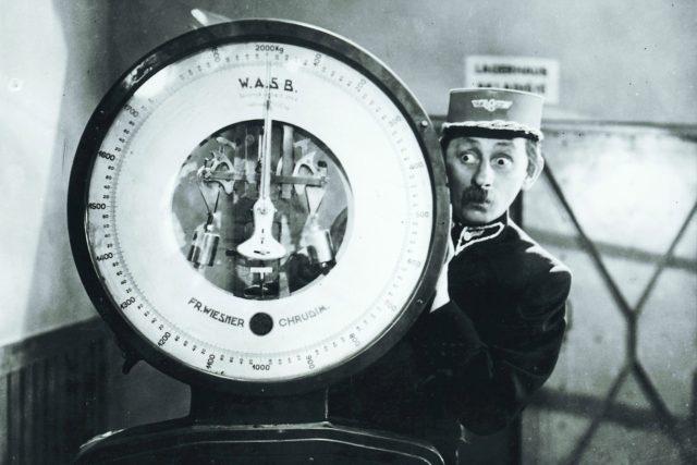 Stanislav Motl byl první,  kdo zpracoval případ Jana Svitáka  (na snímku někdy před rokem 1935). Během pátrání se setkal i se svědkyní lynče nebo s člověkem,  který se lynče přímo účastnil | foto: Profimedia