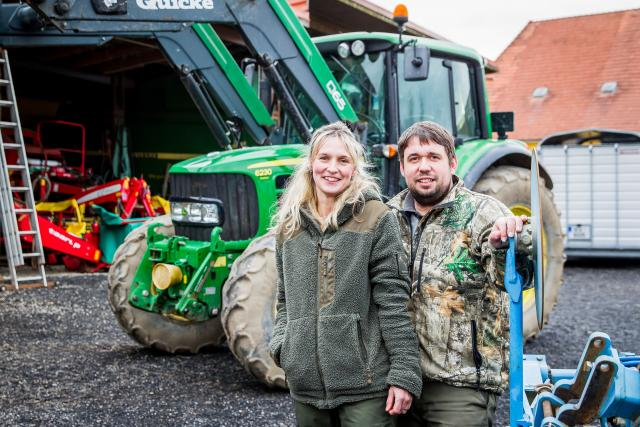 Lenka a Jakub Placandovi,  majitelé farmy roku 2019 | foto: Petr Lundák,  MAFRA / Profimedia