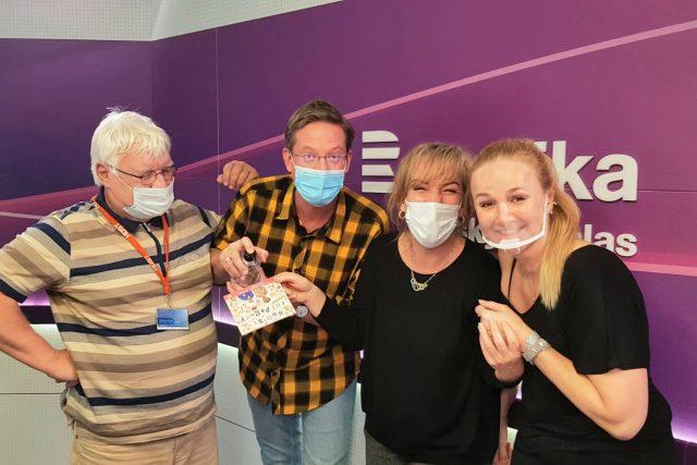 Tobogan se Sandrou a Richardem Pogodovými a Lindou Finkovou