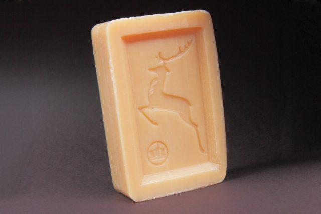Legendární mýdlo s jelenem, vyráběné firmou Setuza
