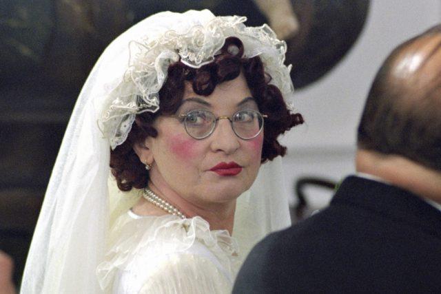Jana Synková jako teta Kateřina v Saturninovi