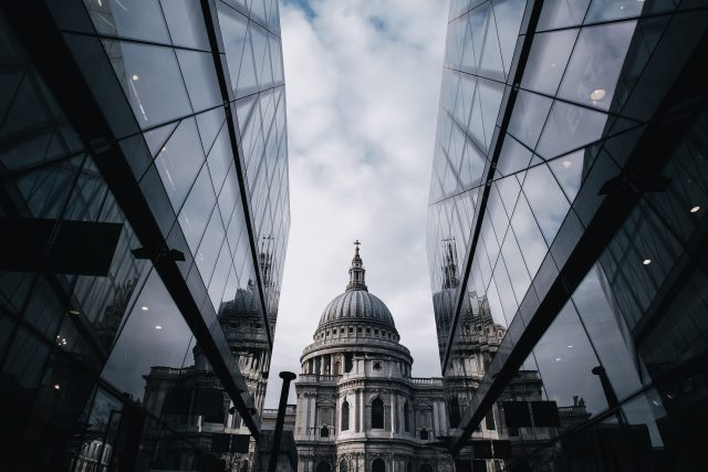 Katedrála svatého Pavla v Londýně. I o něm v rozhovoru na Dvojce mluví Zdeněk Fránek   foto: Fotobanka Unsplash