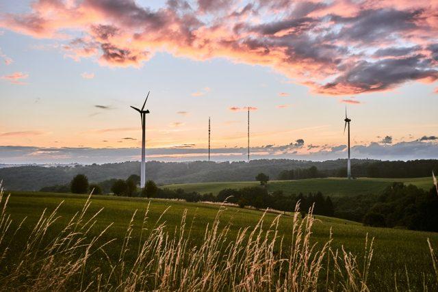 Zelená tranzice,  tedy zelenější ekonomika,  patří mezi hlavní priority   foto:  Bastian Pudill,  Fotobanka Unsplash