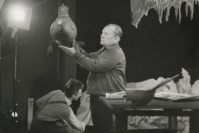 Fotografie z natáčení snímku Vynález zkázy