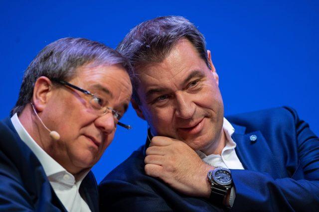 Šéf CDU Armin Laschet (vlevo) a šéf CSU Markus Söder